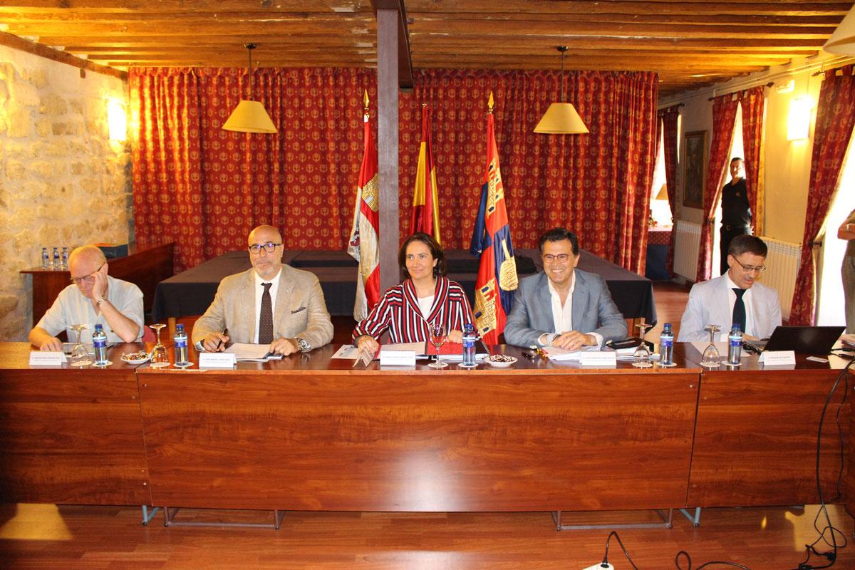 La Comisión de los Caminos a Santiago por Castilla y León se reúne en Carrión de los Condes