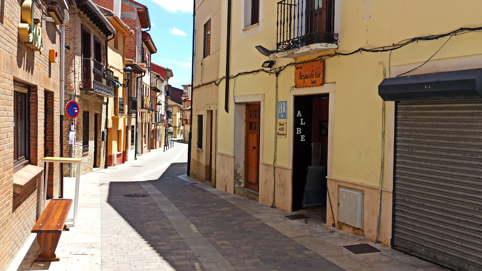 peatonalizar la calle Esteban Collantes