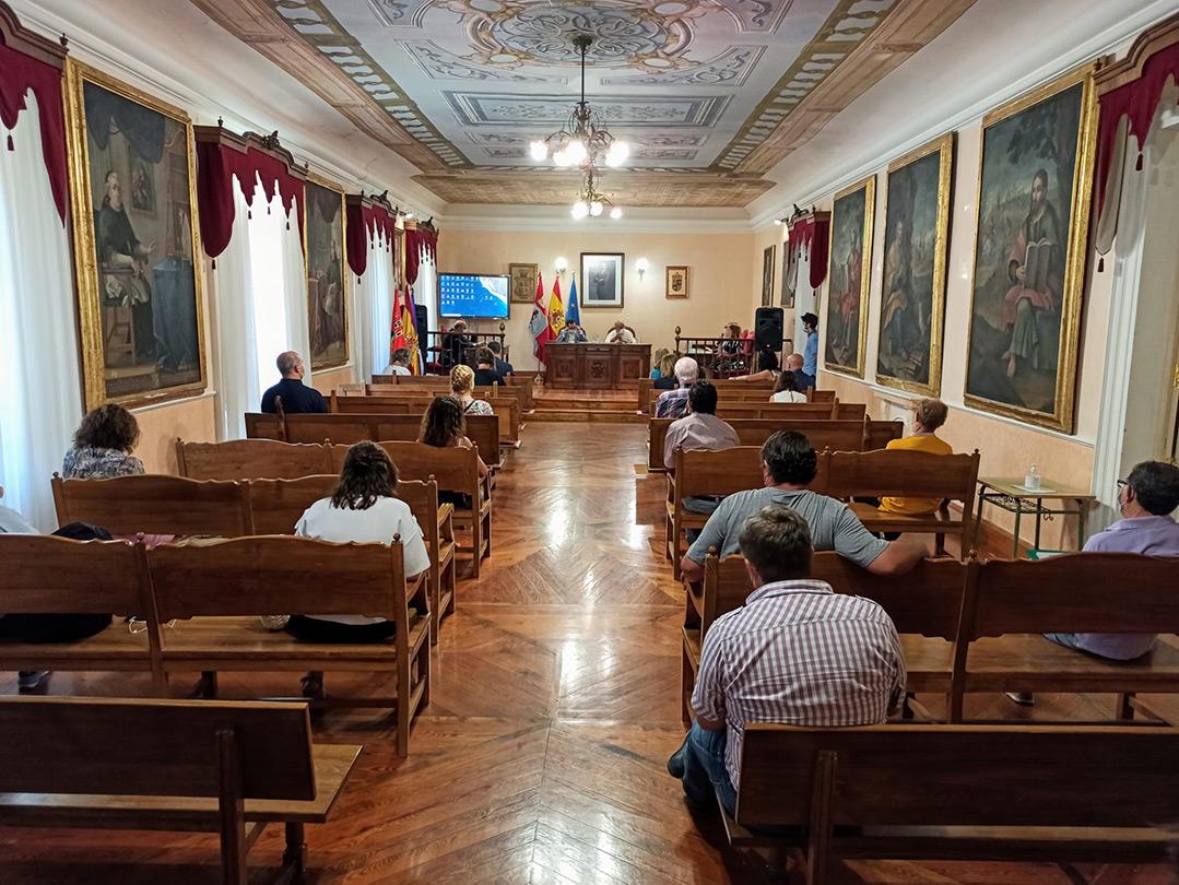Carrión de los Condes es punto de encuentro en las reuniones con alcaldes para tratar el modelo de ordenación, servicios y gobierno del territorio de la Comunidad de Castilla y León